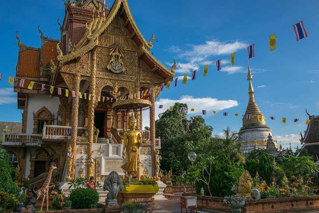 Wat Buppharam, Chiang Mai - by Feng Zhong - Poorfish:Flickr