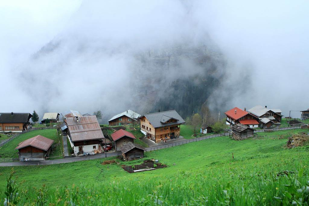 Gimmelwald, Switzerland - by nate2b:Flickr