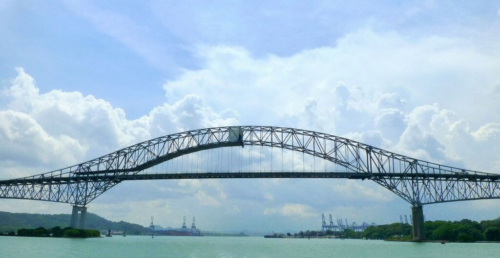 Bridge of the Americas, (Panama-United States) -by F Delventhal/Flickr.com