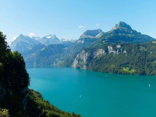 Lake Lucerne -by mbc-2016/Pixabay.com
