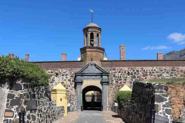 Castle of Good Hope -by Bernard Gagnon/Wikimedia.org