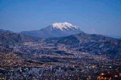 La Paz -by EEJCC/Wikimedia.org