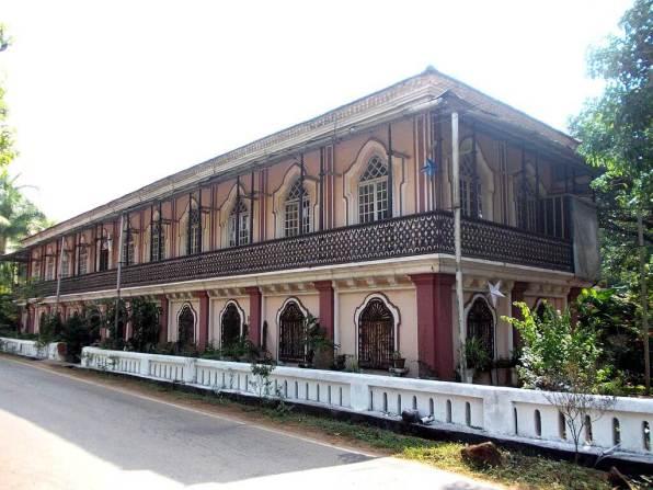 Casa Grande (Fernandes House) -by Goldadcosta/Wikipedia.org