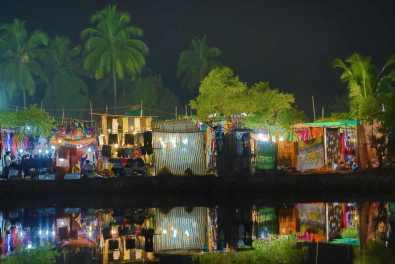 Anjuna Night Market -by Andrzej Wrotek/Flickr.com