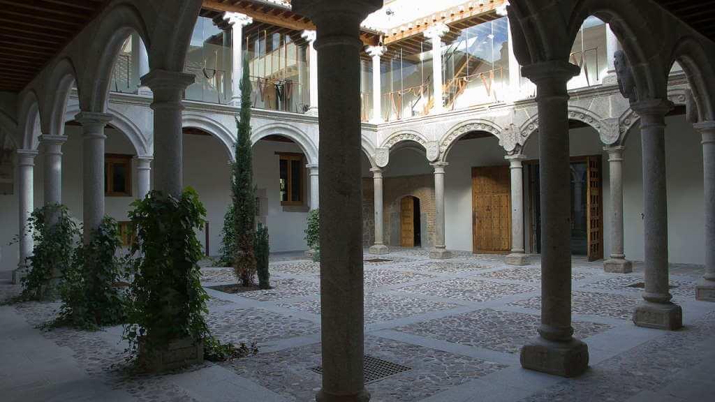 Palacio de los Verdugo -by José Luis Filpo Cabana/Wikipedia.org