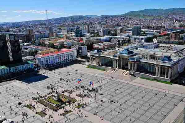 Sukhbaatar Square -by Zazaa Mongolia/Wikimedia.org