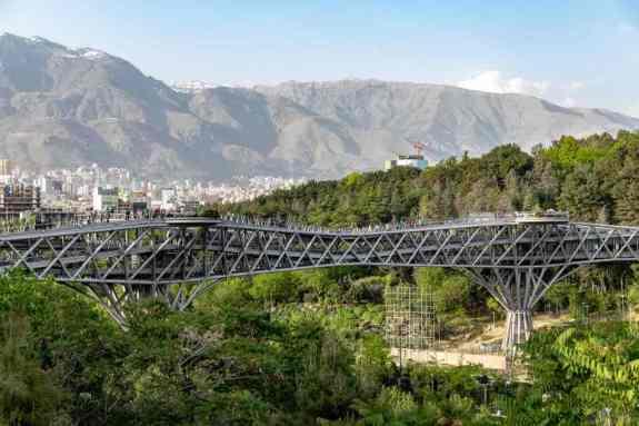 Tabiat Bridge -by Ninara/Flickr.com