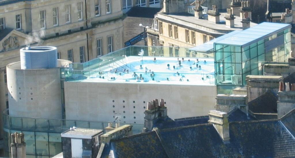Thermae Bath Spa, Bath, England - by Simple Bob / wikimediacommons.com