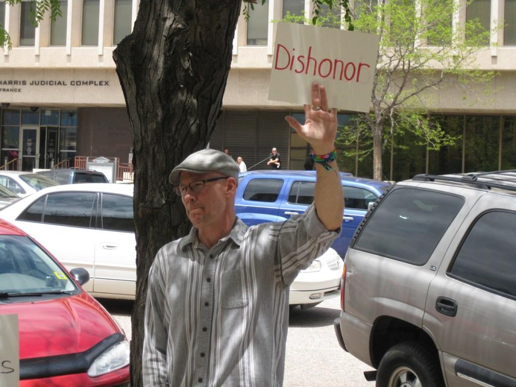 A critic of Sheriff Terry Maketa
