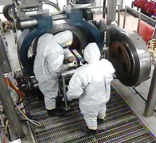 """<div link=""""blue"""" vlink=""""purple""""><p>Workers at theU.S. Army Pueblo Chemical Depotplace abottle containing mustard agent into a system that will destroy the agent.</p><div></div></div>"""