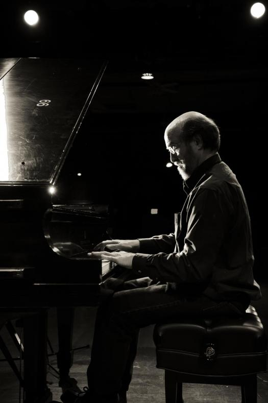 "<p>Pianist George Winston performs Saturday in <span style=""color: rgb(64, 69, 64); line-height: 30.0000591278076px;"">Ouray</span></p>"