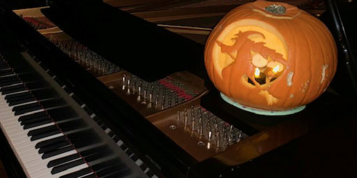 The Best Spooky Classical Music For Halloween: 10 Creepy
