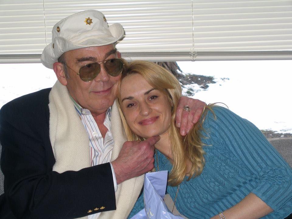 <p>Hunter S. Thompson and Anita Thompson in2003.</p>