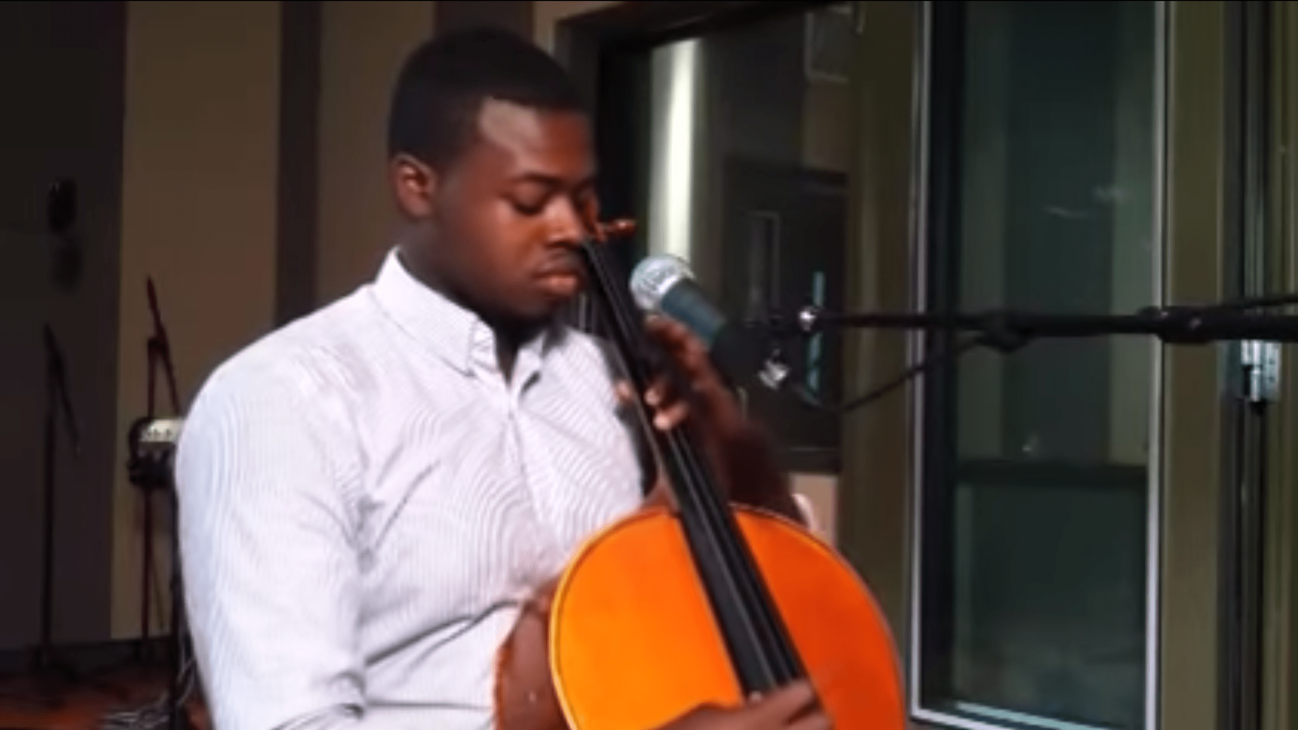 Kevin Olusola of Pentatonix visits the CPR Performance Studio for a unique performance that combines beatboxing and cello.