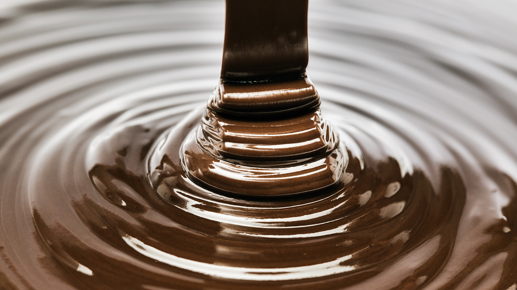 chocolate-pour