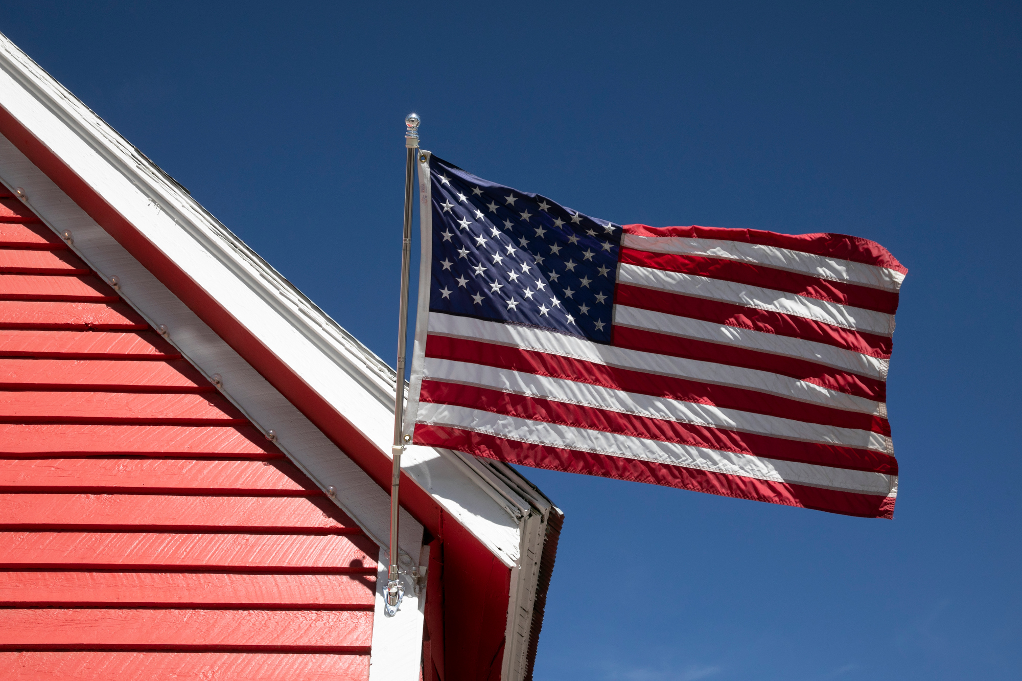 CRESTED-BUTTE0-FALL-FLAG-201024