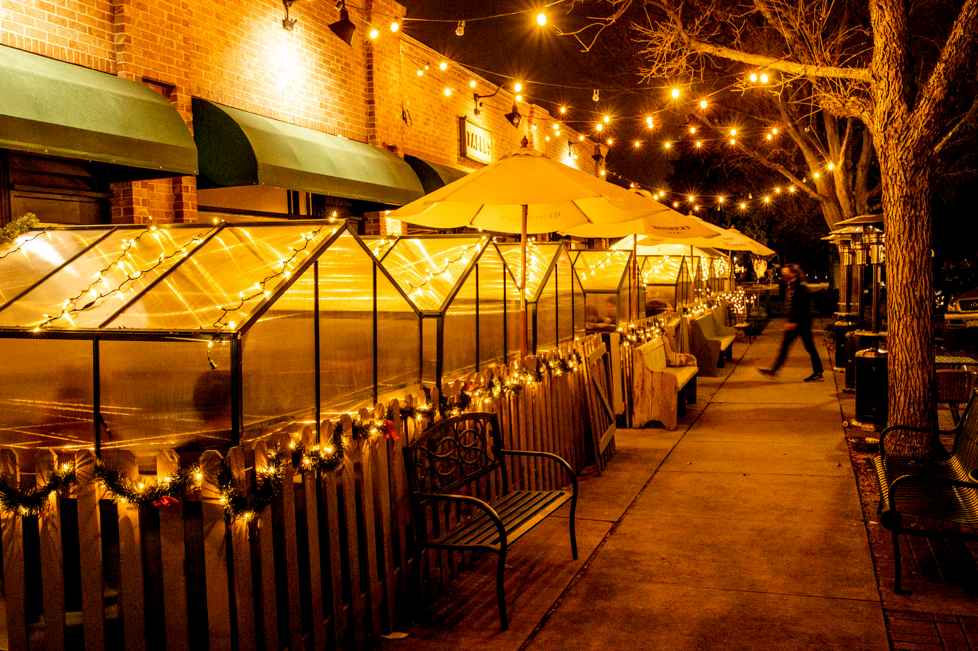 HOLIDAY-BUSINESS-RESTAURANTS-COVID-DENVER