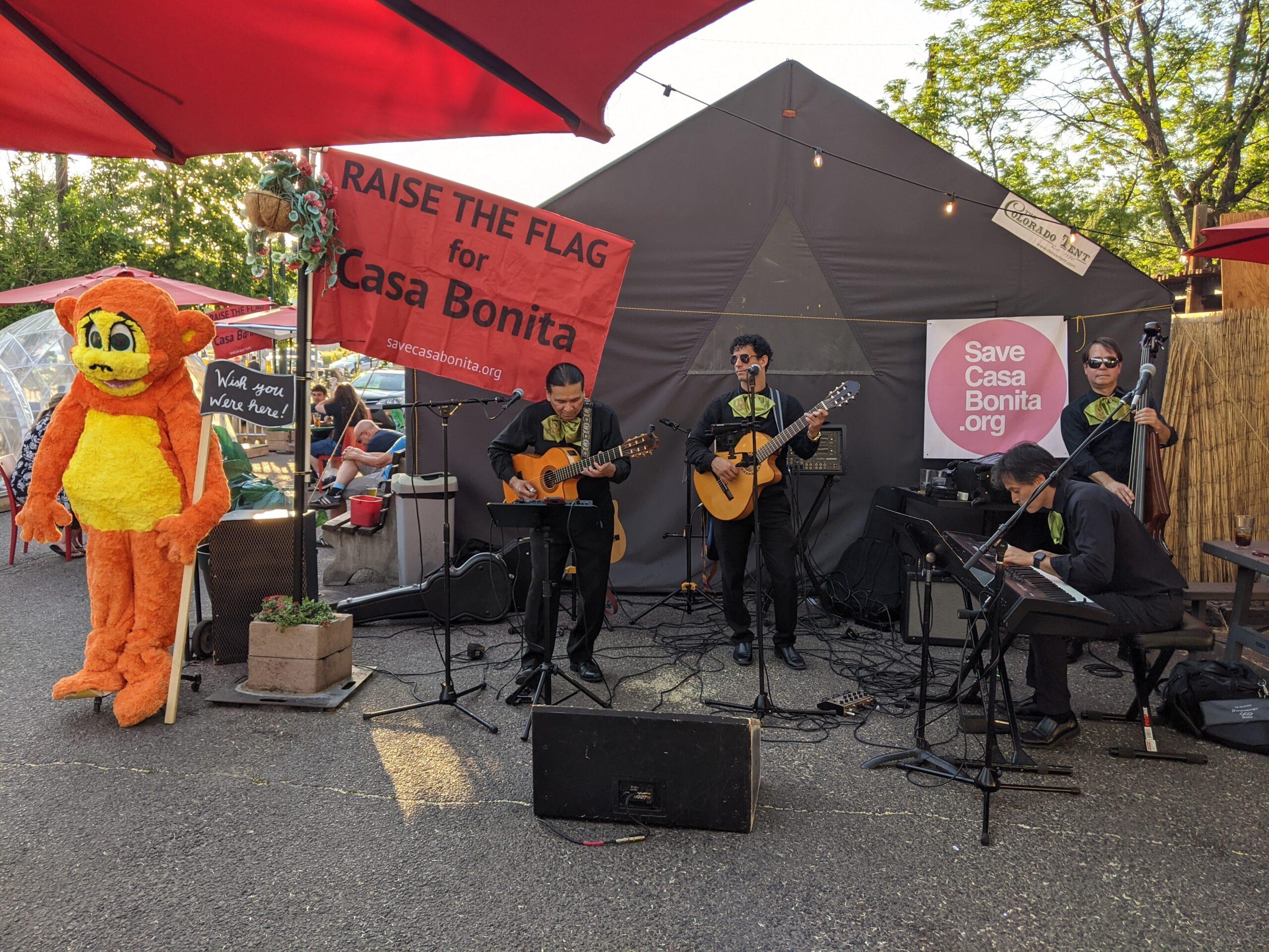 Casa Bonita mariachi band