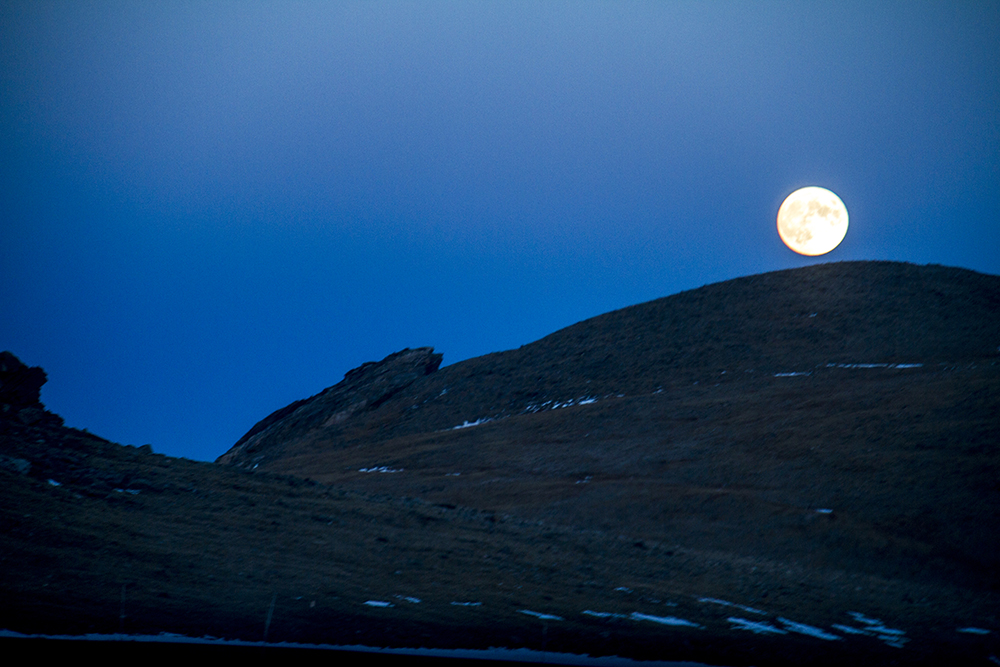 Moonrise at Rocky Mountain National Park. (Kevin J. Beaty/Denverite)  rocky mountain national park; rmnp; wilderness; kevinjbeaty; denverite; colorado;