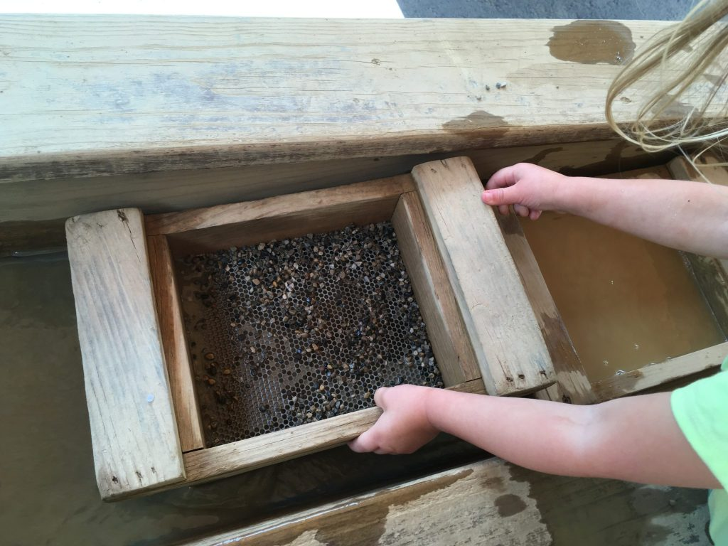 You can pan for gems at Cave of the Winds in Manitou Springs. (Dave Burdick/Denverite)