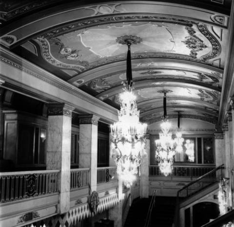 Inside the Denver Theater, 510 16th St., in July 1964. (Denver Public Library/Western History Collection/X-24608)