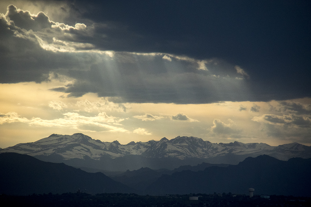 Once upon a time, a photographer found the silver lining. (Kevin J. Beaty/Denverite)  cloud porn; weather; cowx; partly cloudy; rain; kevinjbeaty; denverite; denver; colorado; mountains;