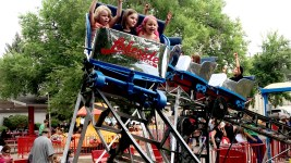 Lakeside Amusement Park. (Erica Meltzer)  lakeside amusement park; rides; denver; colorado; denverite; rollercoaster;
