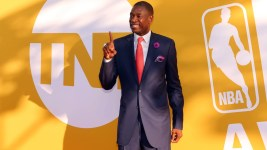 Dikembe Mutombo says he's interested in buying a stake of the Houston Rockets. (Brad Penner/USA Today Sports)