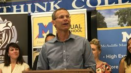 Denver Superintendent Tom Boasberg speaks at a press conference about state test scores in August 2017. (Melanie Asmar/Chalkbeat)