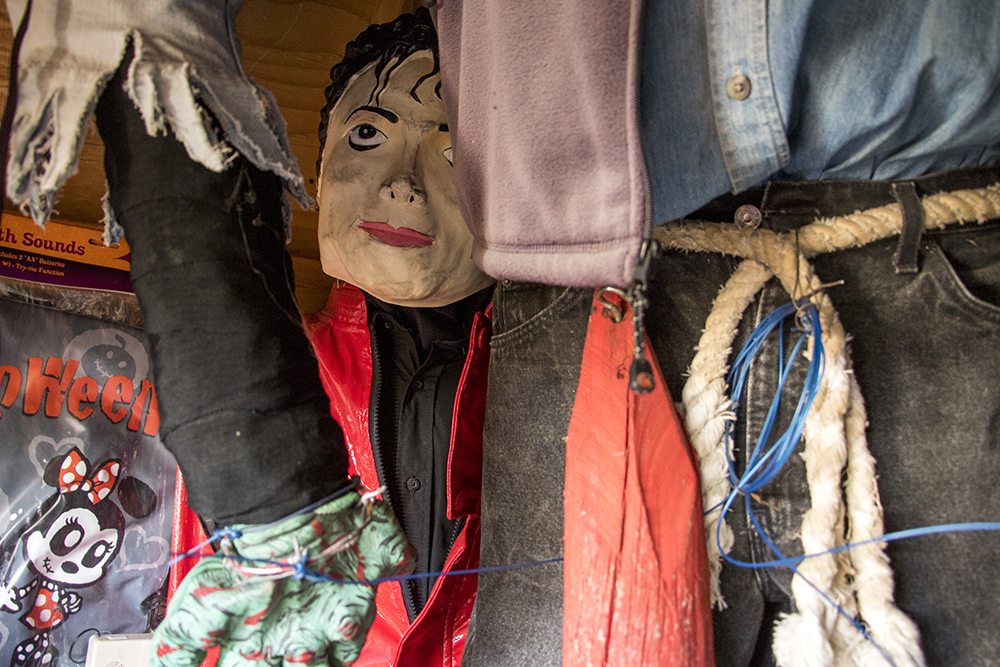 "A Michael Jackson marionette inside Johnny ""the Puppetmaster"" Sandoval's shed behind his Mar Lee home. Oct. 24, 2017. (Kevin J. Beaty/Denverite)  denver; colorado; denverite; kevinjbeaty; mar lee; halloween; odd spots; haunted house;"