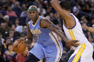 Al Harrington, left, has become a cannabis entrepreneur in his post-playing days. (Caryl Edmondson/USA Today Sports)