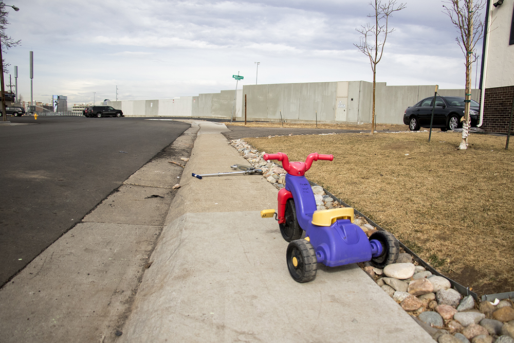 Kids' toys and narrow sidewalks, Jan. 31, 2018. (Kevin J. Beaty/Denverite)  denver; colorado; denverite; kevinjbeaty; pedestrians; university hills; sidewalks;