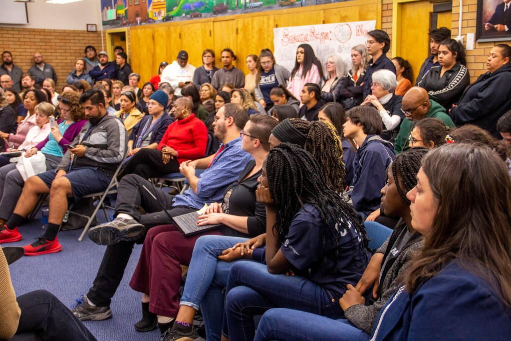 A community meeting at Lincoln High School on Monday, Nov. 4, 2019, in Denver. (Esteban L. Hernandez/Denverite)