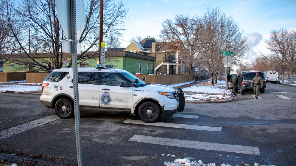 Denver Police wrap up on Humboldt Street after a standoff with a suspect near Cole Arts and Sciences Academy. Nov. 22, 2019. (Kevin J. Beaty/Denverite)