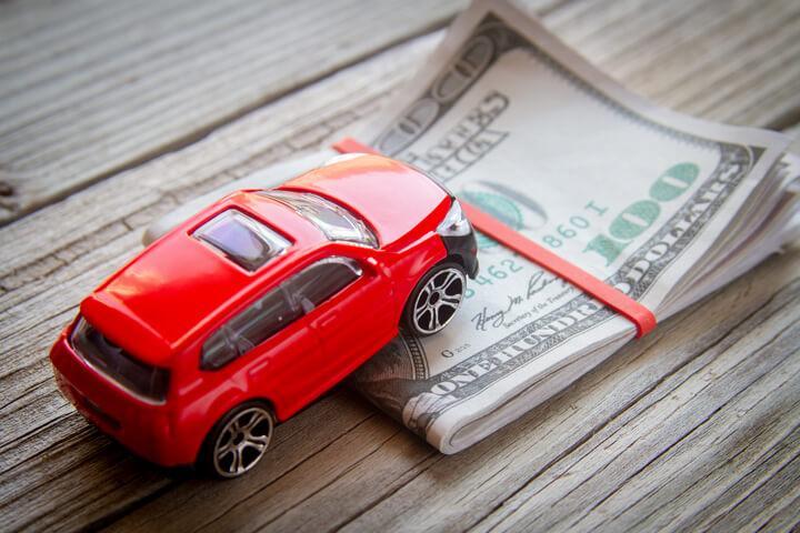 Cómo saber el precio de mi carro usado en usa