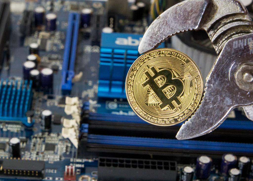 ¿Es rentable minar Bitcoin desde casa en 2018?