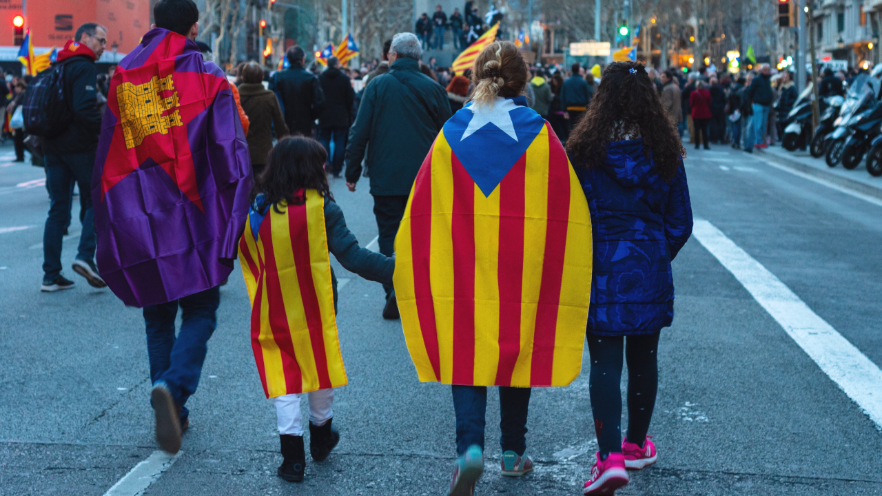Catalonias decentralized identity system is about politics, not blockchain