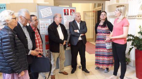 Séverine Peter, adjointe au Maire accueille la délégation de la société civile d'Algérie