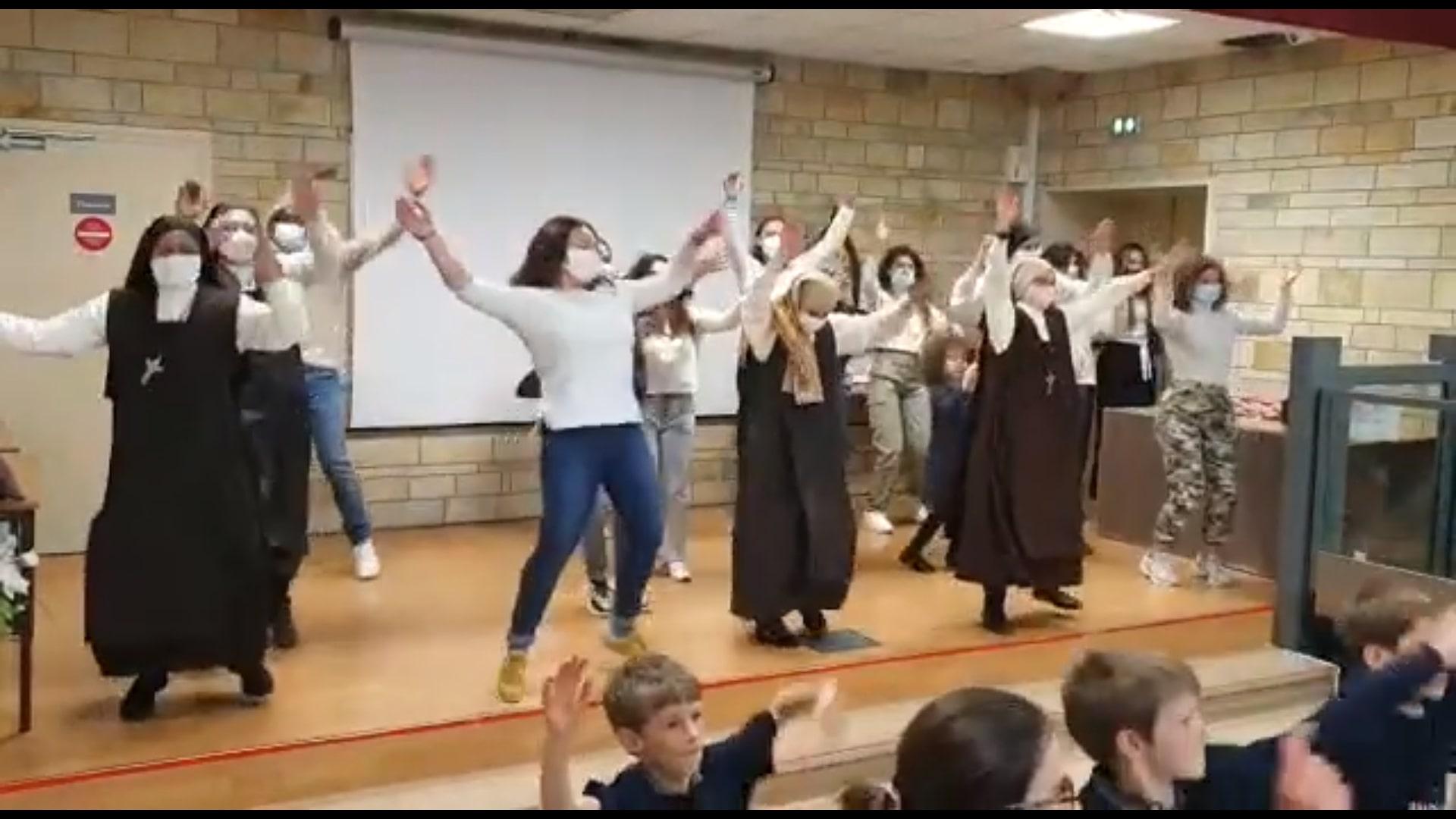 Dans le diocèse d'Alençon, les carmélites mènent la danse