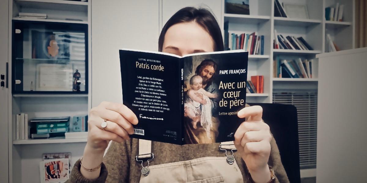 Livres : «Un cœur de père» détrône «Fratelli Tutti» dans le top 10 des ventes !