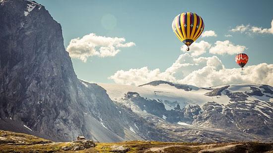 hot-air-balloons-1253229_640