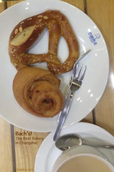 2015-10-13-j8 Bachs Bakery