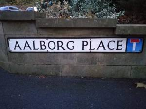 Photo of the road sign 'Aalborg Place'
