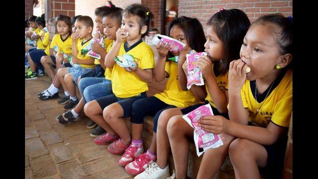 13.000 estudiantes del municipio de Cotoca reciben desayuno escolar