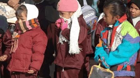 Escolares no están obligados a asistir con uniforme mientras dure el frío