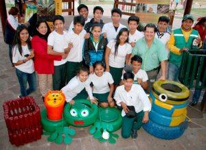 Unidades educativas en campaña de reciclaje