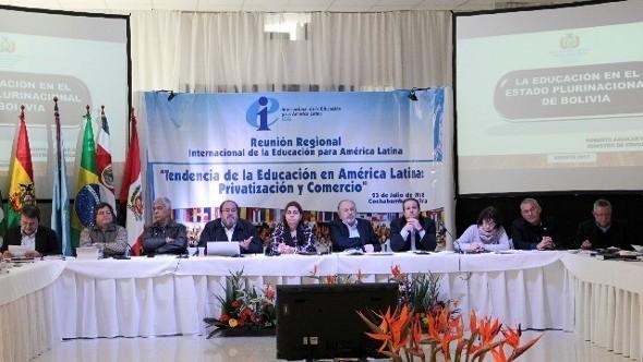 Internacional de la Educación América Latina reafirmó su decisión de una educación pública