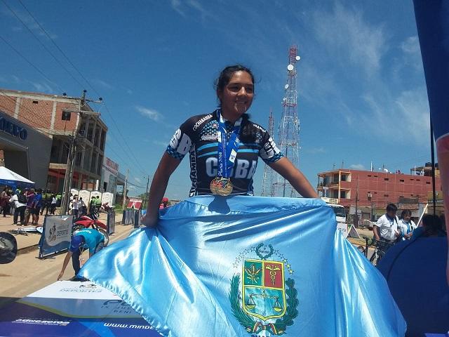 Abigail Sarabia una ciclista internacional que nació en los Pluris