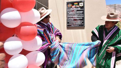 Morales entrega un moderno centro integral para personas con discapacidad en Potosí