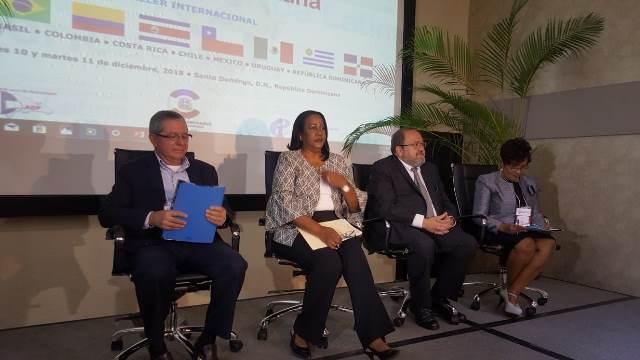 Bolivia comparte conocimientos del proceso de transformación en la educación a ocho países de América Latina